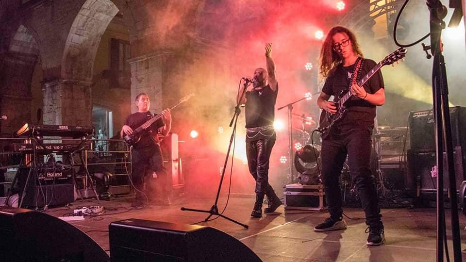 Ritorno a Sanremo per i Bad Medicine sul palco dell'Ariston edizione Rock Festival 2020